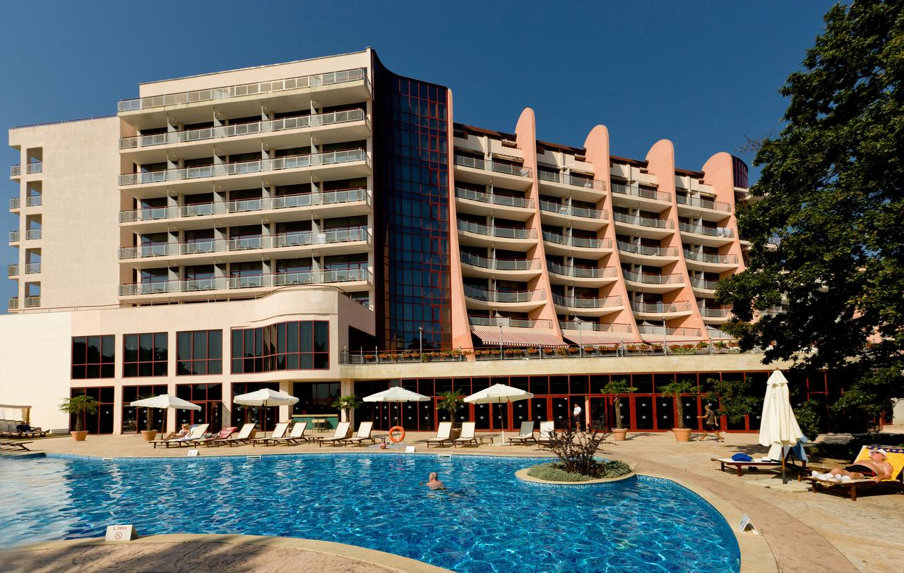 DoubleTree by Hilton Varna - Golden Sands 4*
