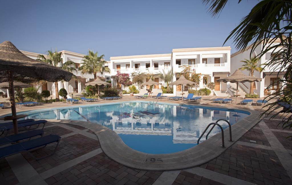 Club Reef Village 4*