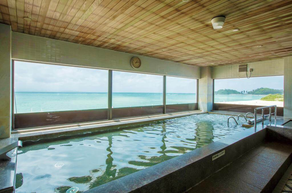Okuma Private Beach 4*